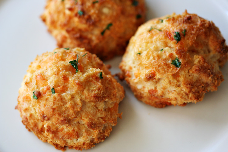 ... Cheddar Bay Biscuits, you are a thing of warm, crunchy, buttery