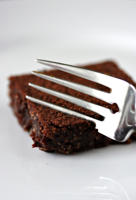 Flourless Peanut Butter Chocolate Brownie - Amandeleine