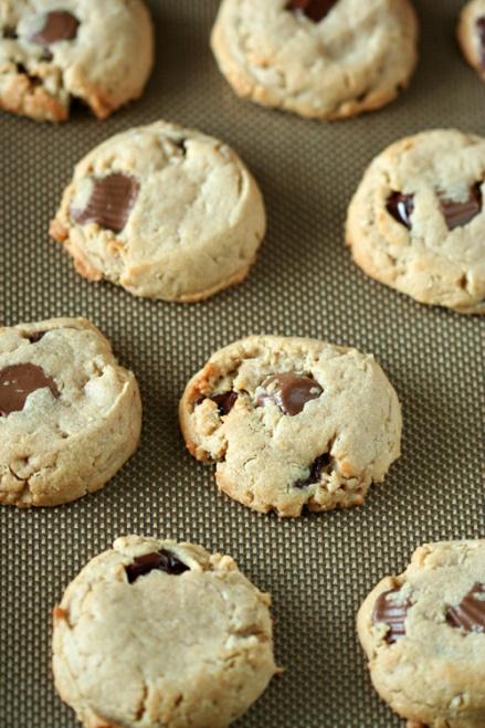 Reese's Peanut Butter Cookies     Amandeleine