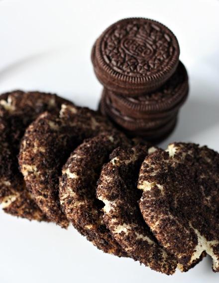 Oreo Cheesecake Cookies     Amandeleine