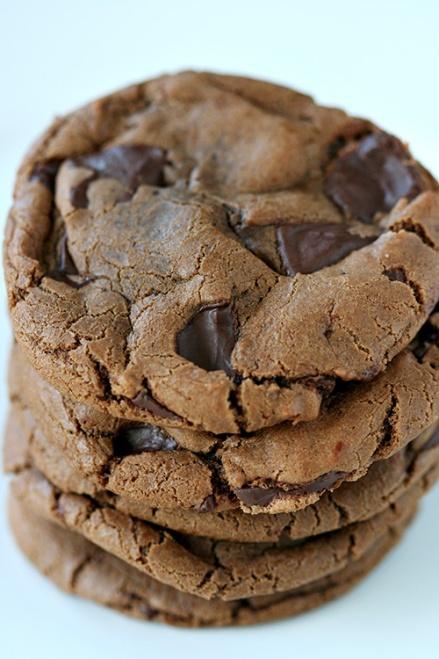 Nutella Peanut Butter Chocolate Chunk Cookies     Amandeleine