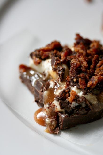 Whiskey Marshmallow, Caramel & Bacon Bark     Amandeleine