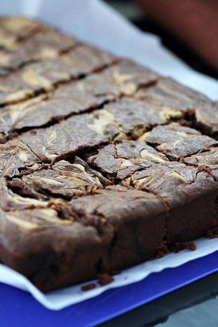 Reese's Peanut Butter Brownies  |  Amandeleine