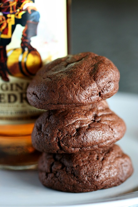 Chocolate Rum Cookies  |  Amandeleine