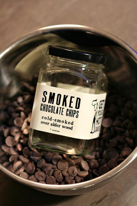 Hot Cakes Smoked Chocolate Chips  |  Amandeleine
